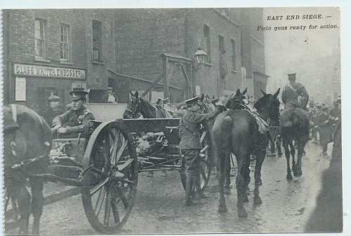 A photograph of 13 pounder field guns in Stepney.